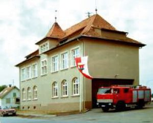 Kehlen altes Schulhaus Feuerwehr