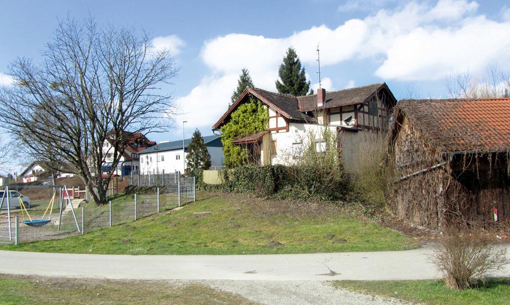 Bahnwaerterhaus Kehlen sued