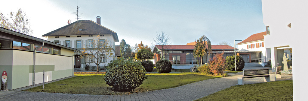 Katholisches Pfarrhaus Kehlen, Kombi