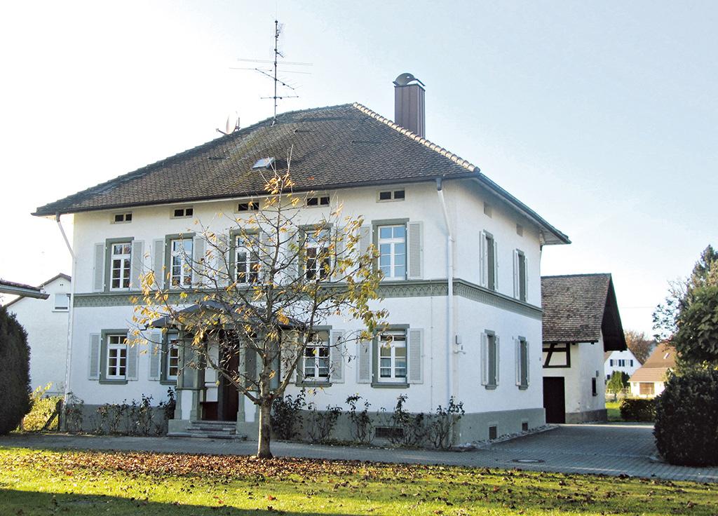 Katholisches Pfarrhaus Kehlen, Gebäude