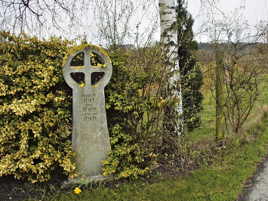 Wegkreuze in Sassen Mariabrunner Str Birkenbuehlweg
